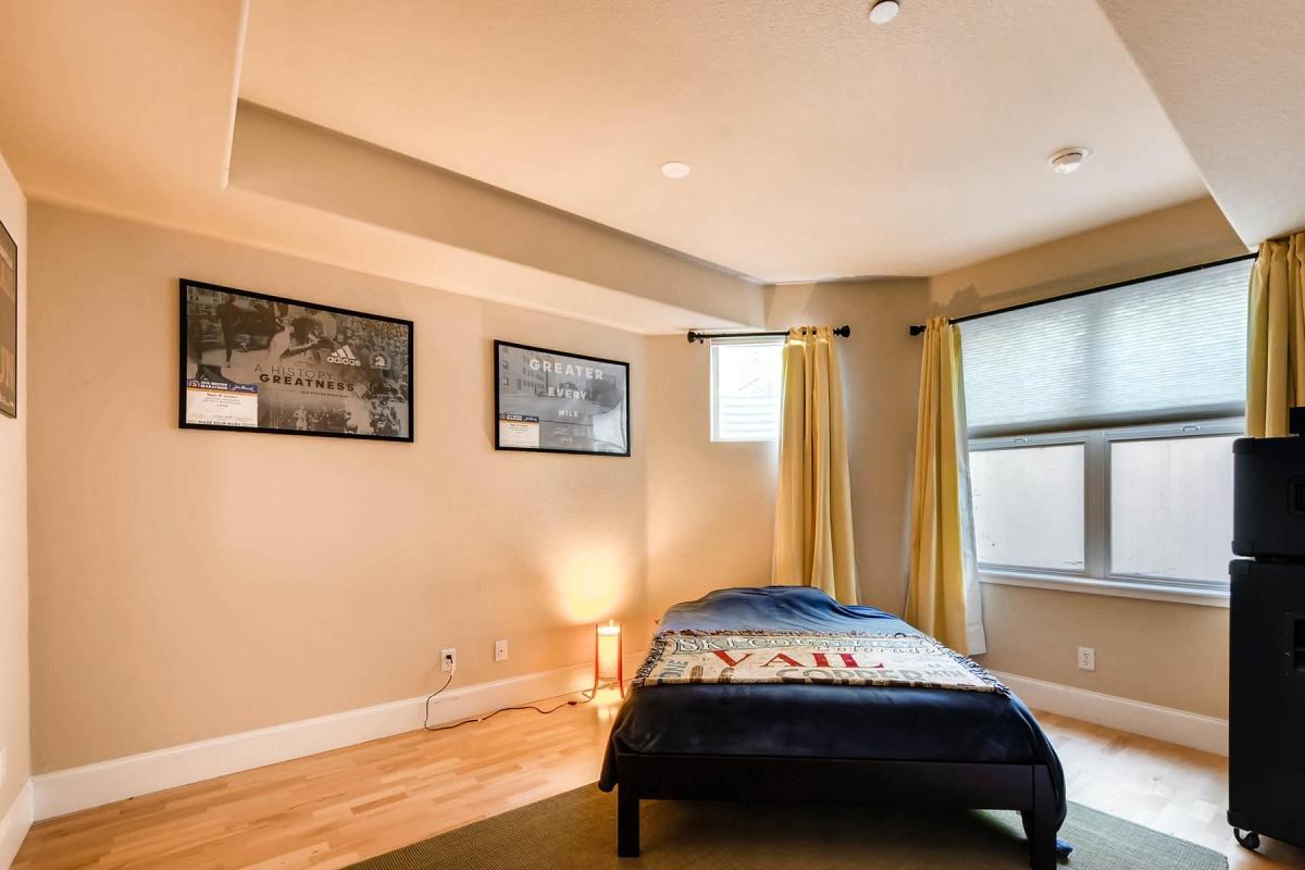 1570 Milwaukee St,Denver,Colorado 80206,1 Bedroom Bedrooms,1.5 BathroomsBathrooms,Condominium,Milwaukee,1009