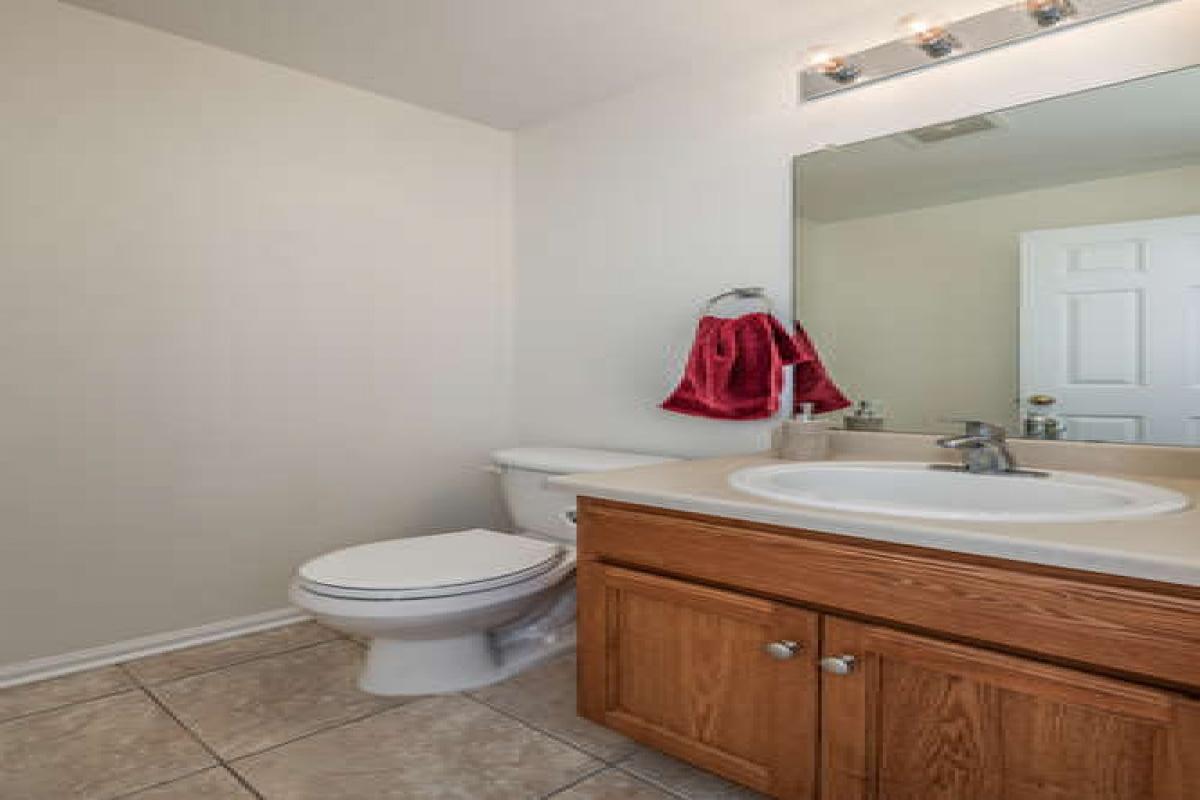 11852 Altura St, Commerce City, Colorado 80603, 5 Bedrooms Bedrooms, ,2 BathroomsBathrooms,Single Family,Sold Listings,Altura,1059